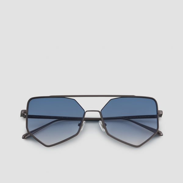 Front View of Figueroa II Blue Heron Sunglasses