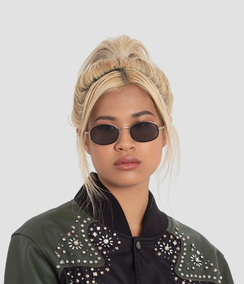 Female Model wearing No. 7 Tortoise-Black Sunglasses