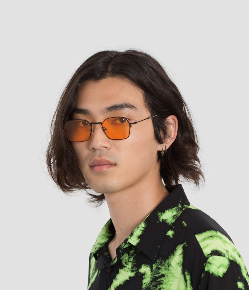 Male Model wearing Tempo Black-Orange Sunglasses