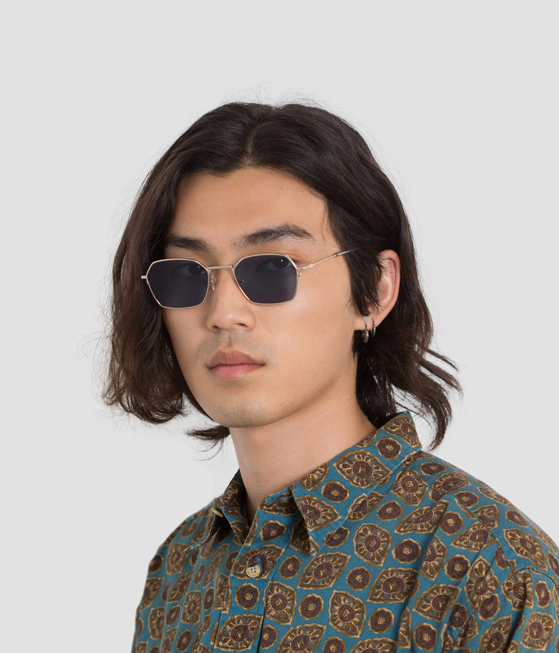 Male Model wearing Tempo J. Gold-Real Blue Sunglasses