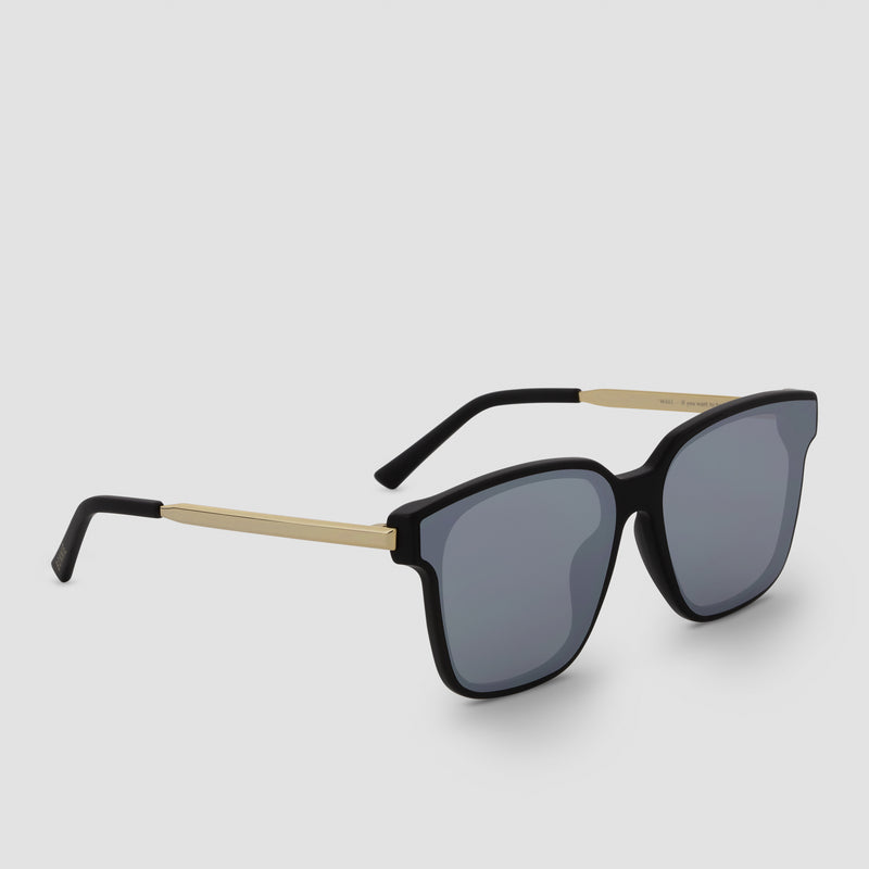 Quarter View of Wall Big Daddy (Mirror) Sunglasses