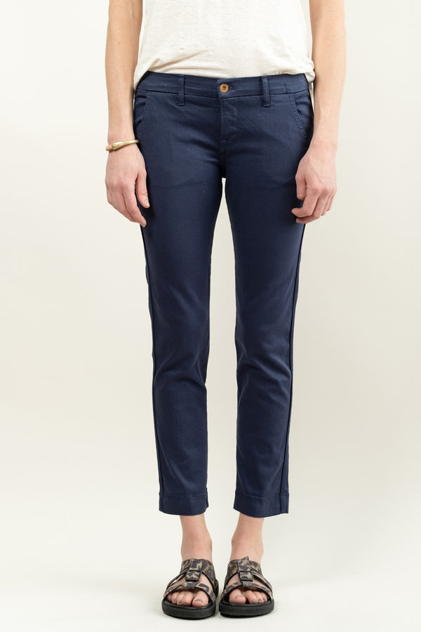 Wallace Skinny Leg Trousers In Navy
