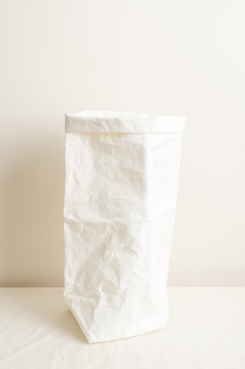 Uashmama XL Paper Bag In White