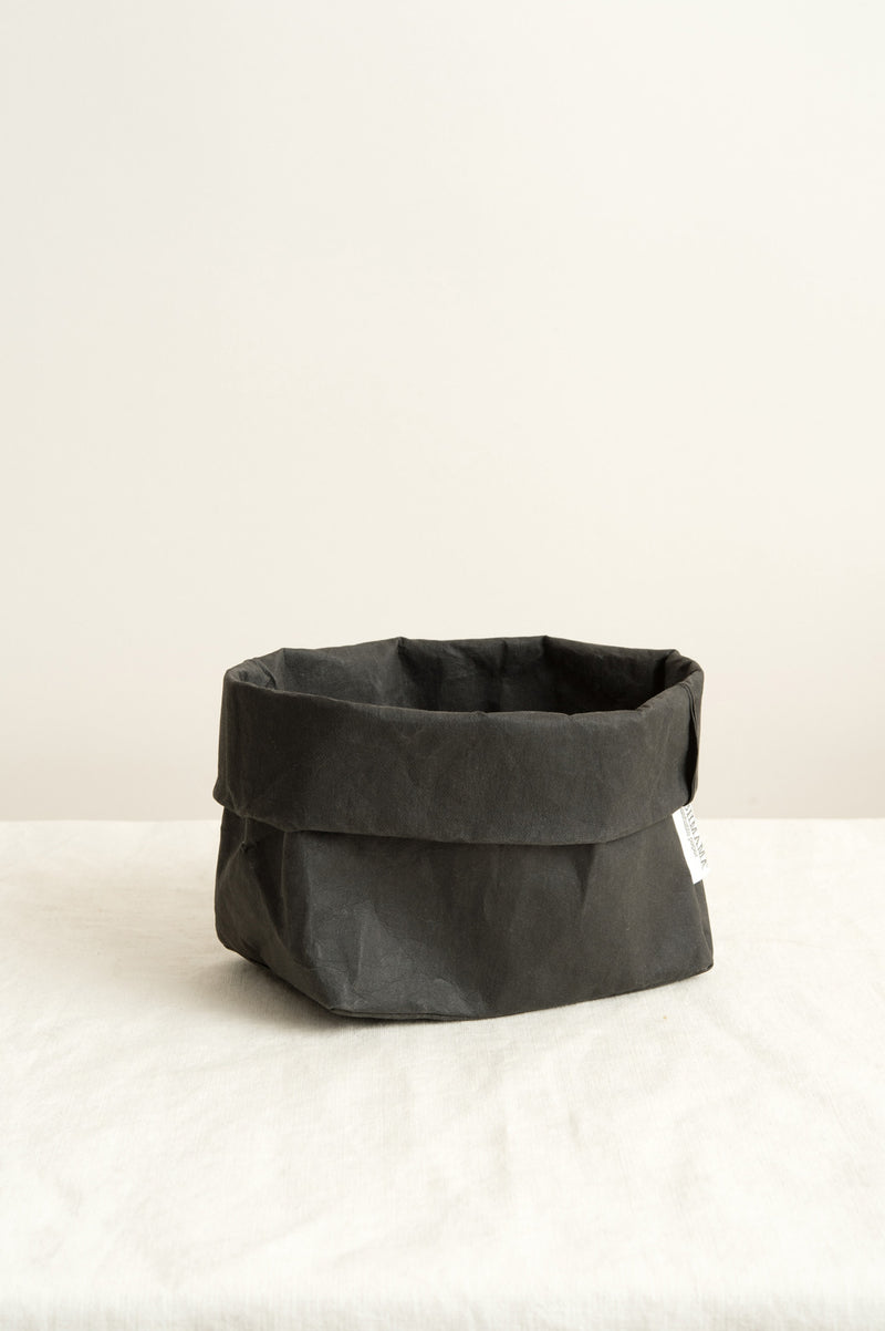 Uashmama Medium Paper Bag In Black