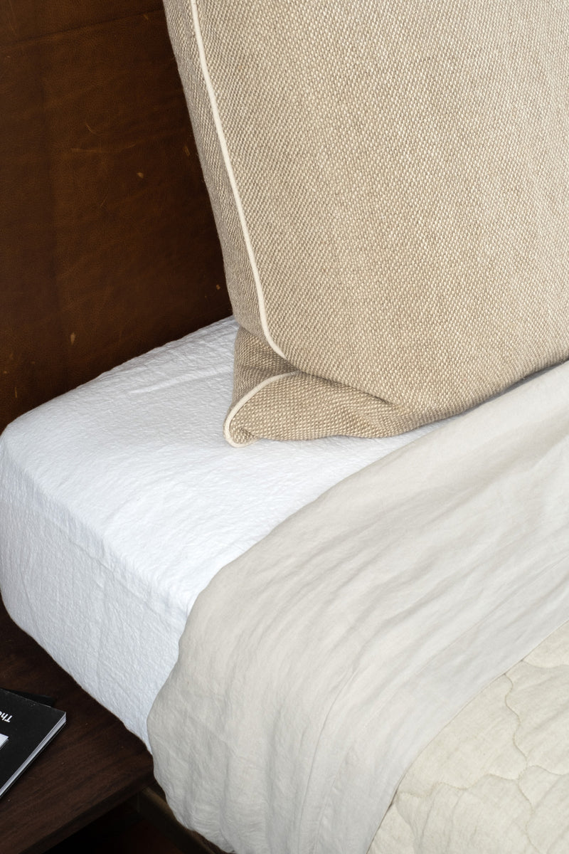 Hale Mercantile Queen Basix Fitted Sheet