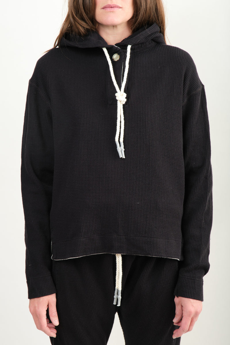 Boxy Waffle Hooded Sweat In Black Bassike