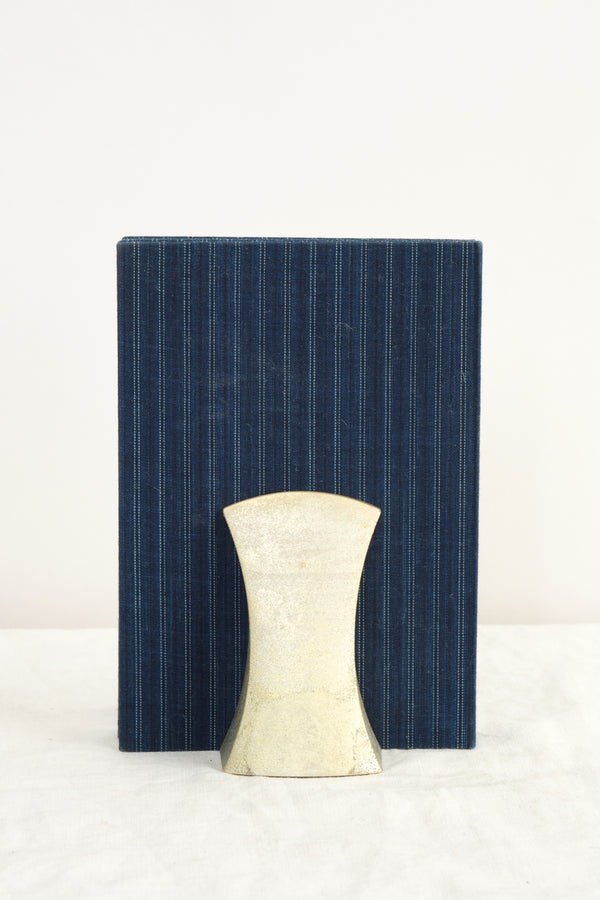 Futagami Bookend Fundo Solid Brass