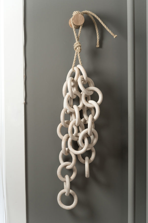 MQuan Studio 28 Small Chain Links W/ Wall Mount