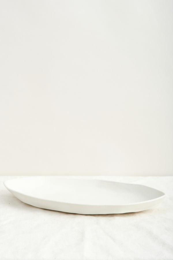 Dbo Home Battuto Platter In Snowflake