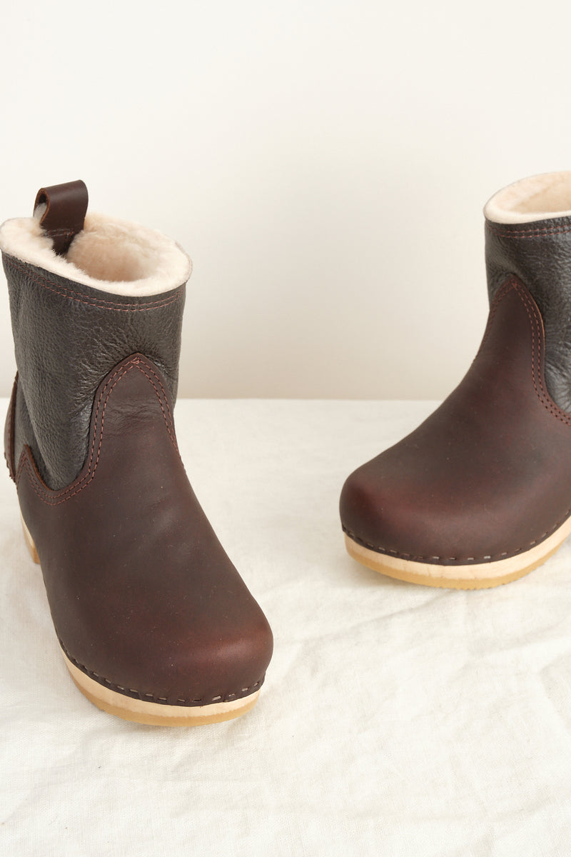 leather and sheerling clog boots no. 6