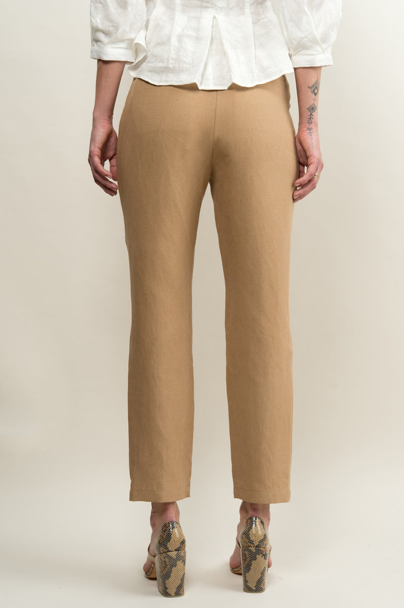 Women's High Rise Trouser