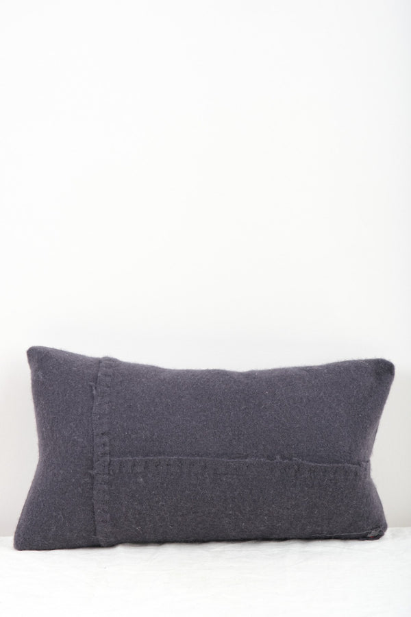 "Private 0204 440-VT 16 x 23"" Pillow In Jap Blue"