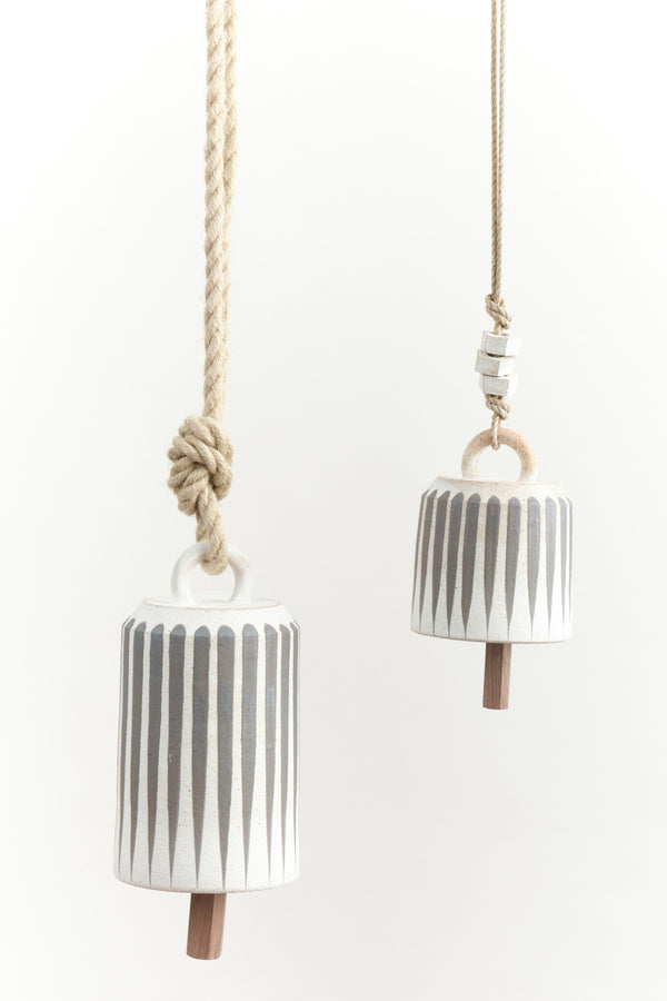 Mquan small wide bell in grey stripes