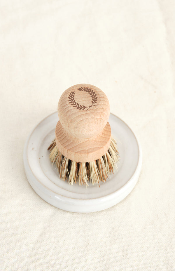 Farmhouse Pottery pot brush set
