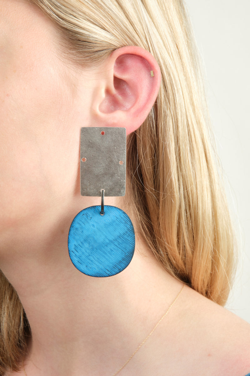 Annie Costello Brown Overt Earrings In Sterling Silver/Blue Oxide