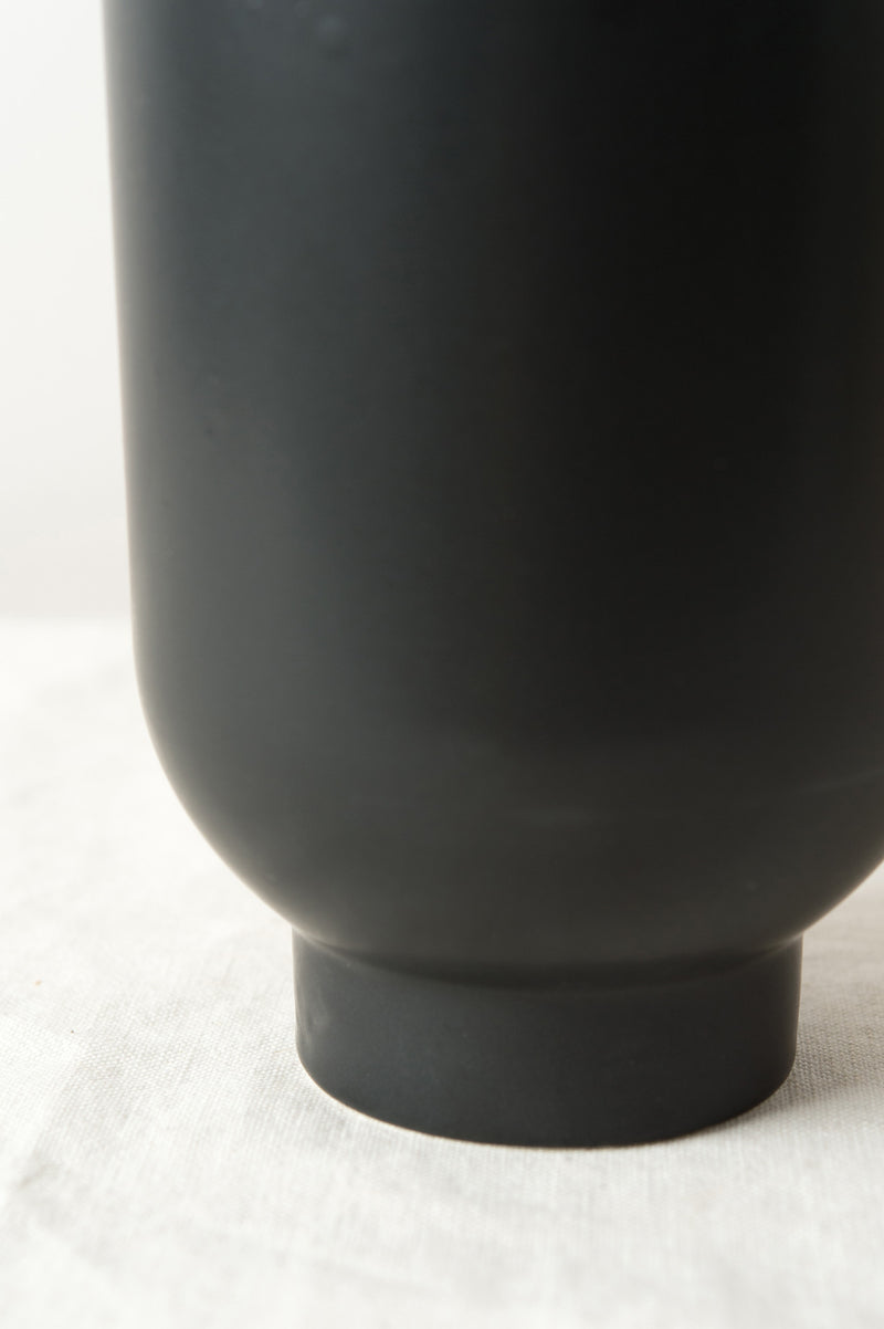 Modern and contemporary vase