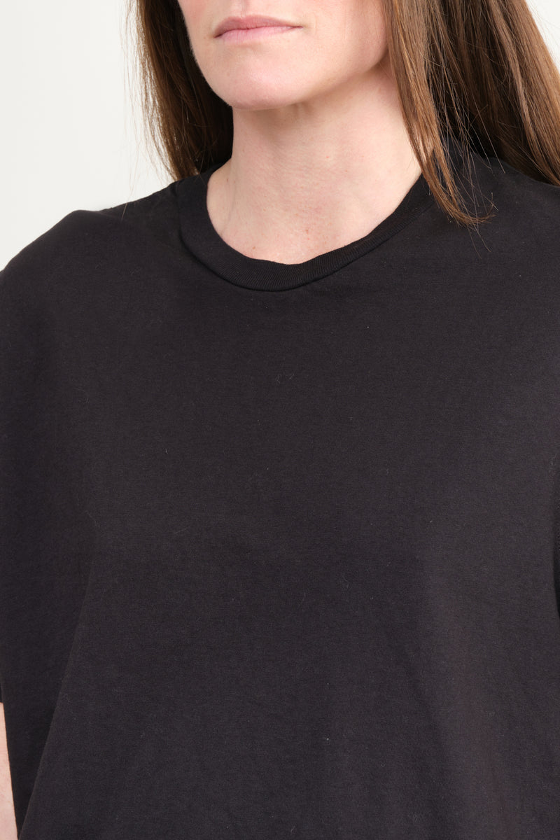 Cropped Boxy S/S T-Shirt In Black Organic Cotton