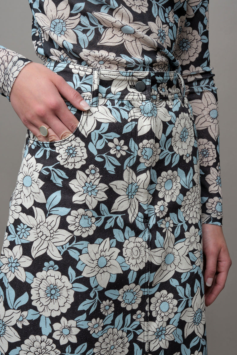 Black Daisy A-Line Skirt