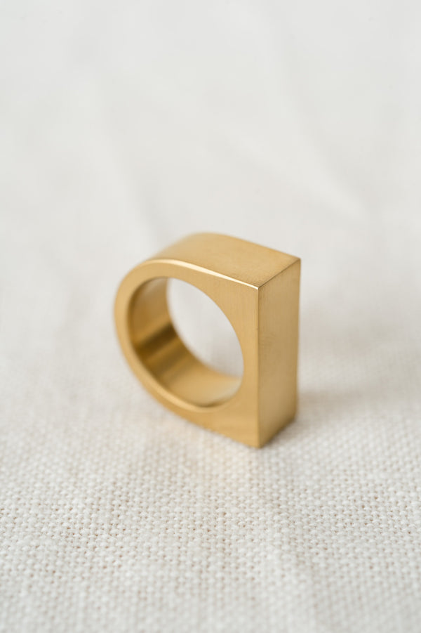 marmol radziner short slab ring brass