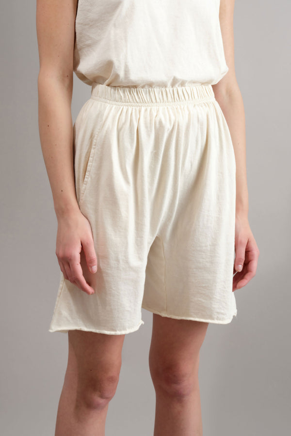 Easy Shorts in Natural Wol Hide
