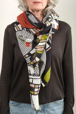 Rumisu Giddy Goats Silk Scarf In Black and White