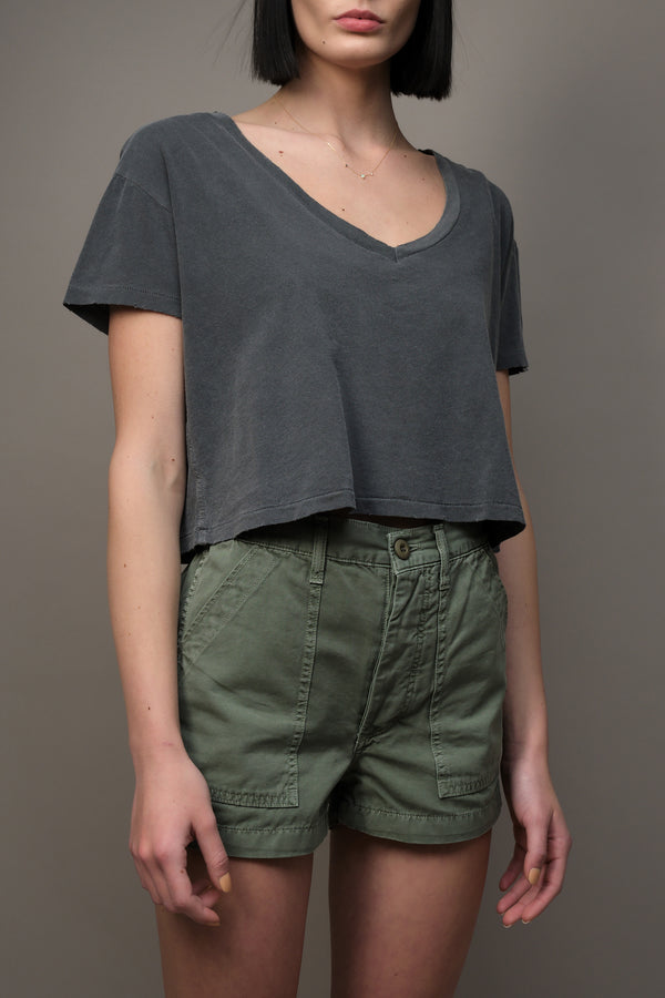 Cropped V Neck Tee in Faded Black