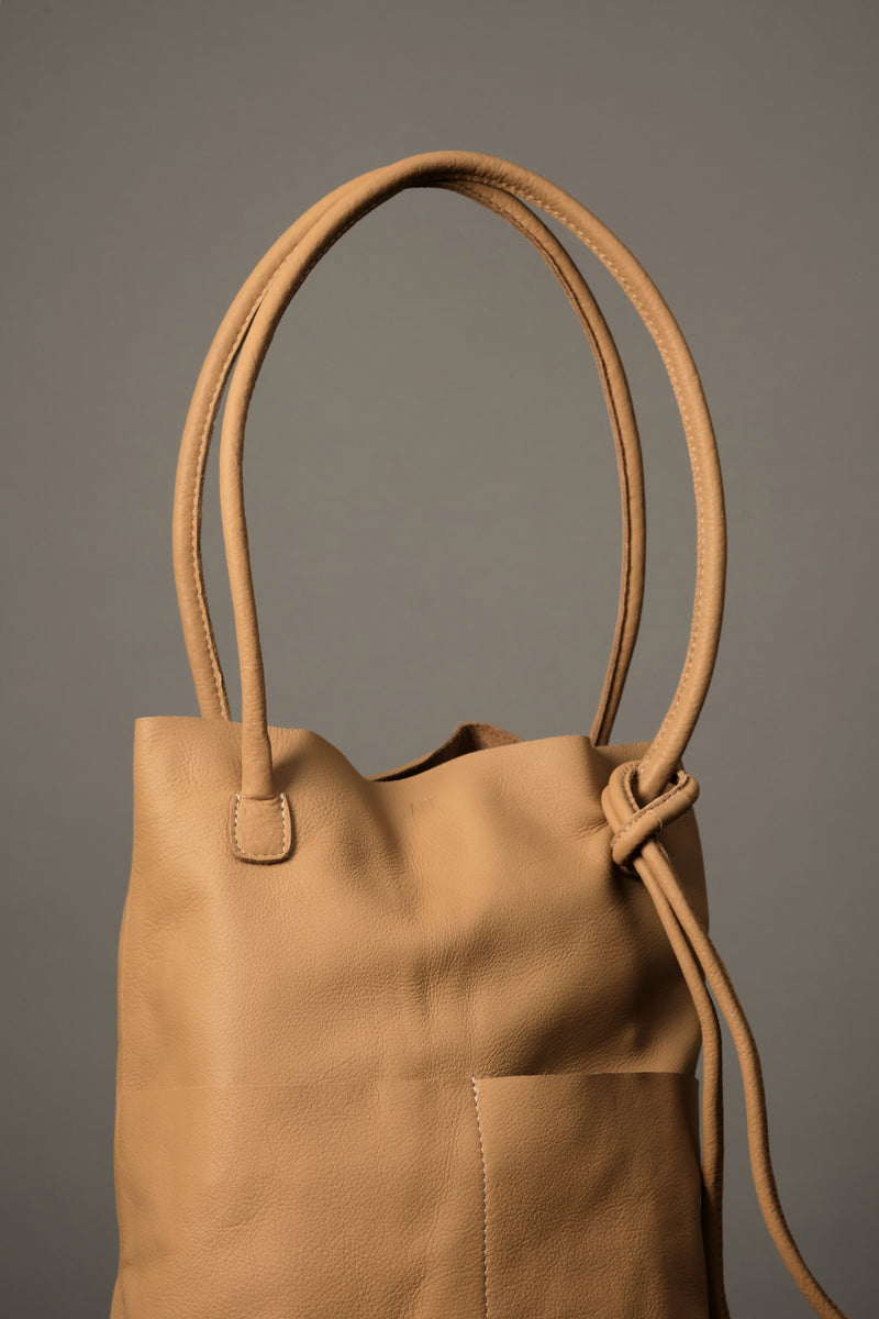 Vegetable Tanned Leather Shoulder Bag