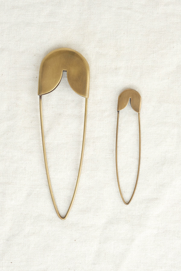 Fog Linen Work medium brass safety pin
