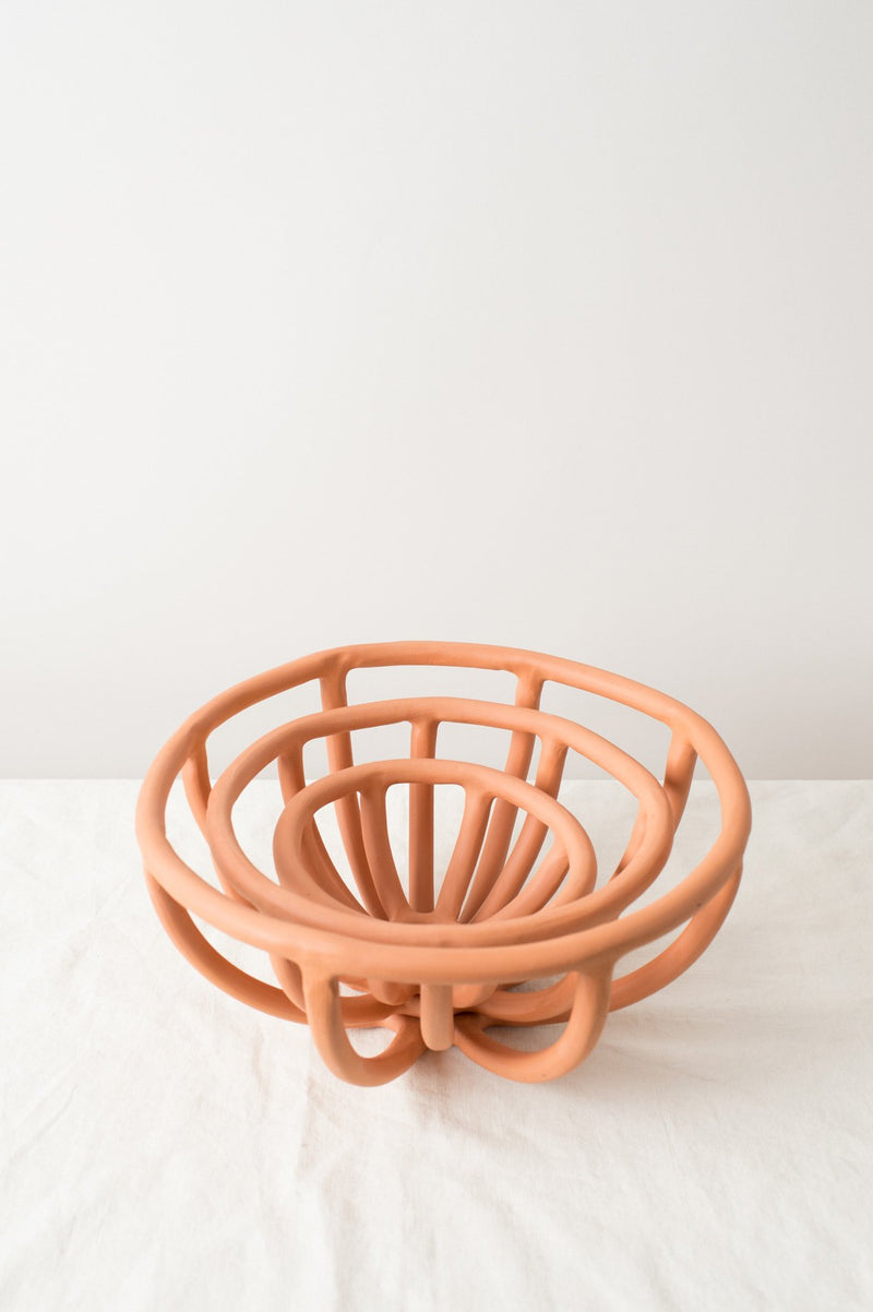 SIN Large Prong Fruit Bowl in Terracotta