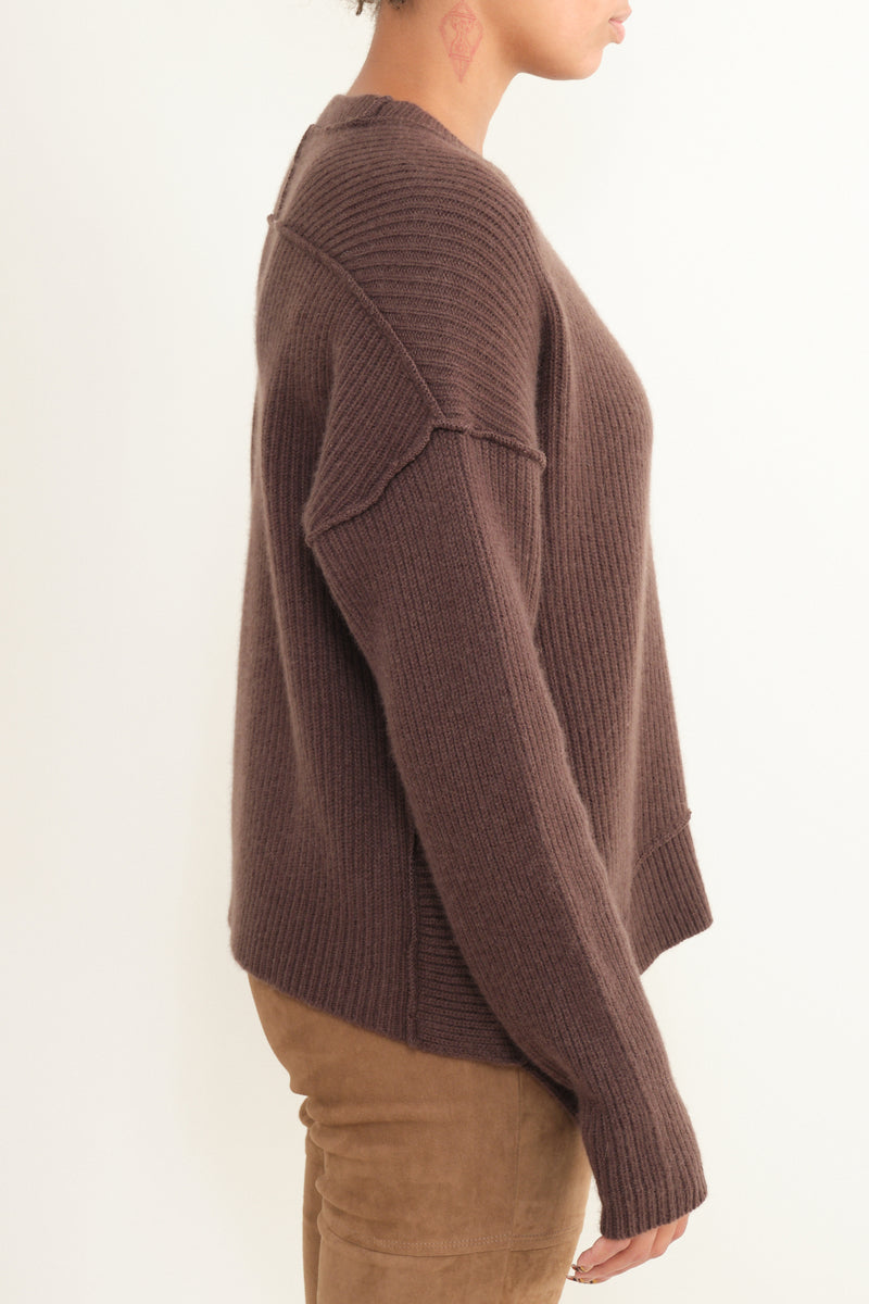 Thick Ribbed Cashmere Sweater in Dark Earth