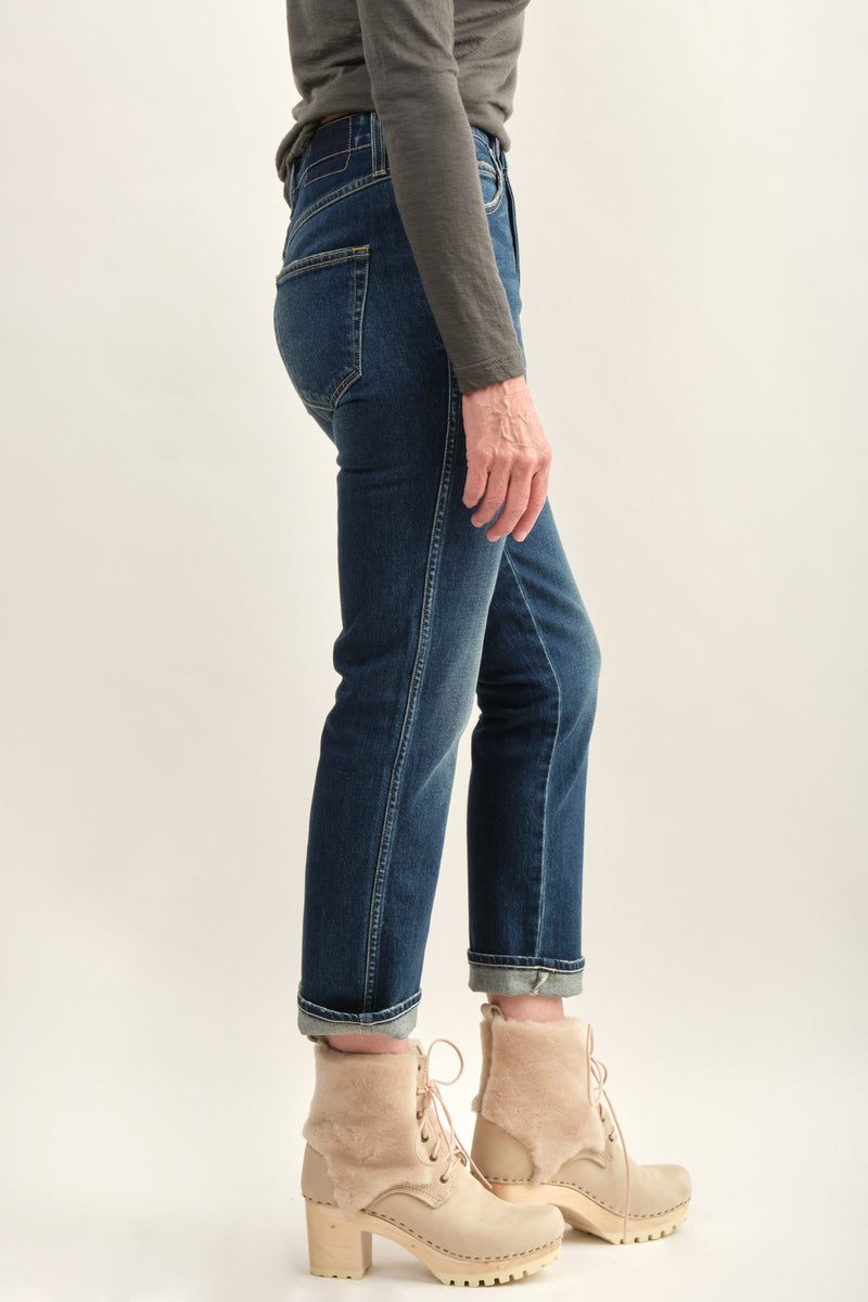 Amo Denim Chloe Crop Straight Leg