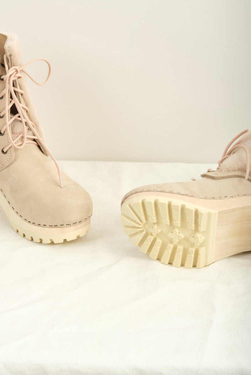 Women's Shearling Boot