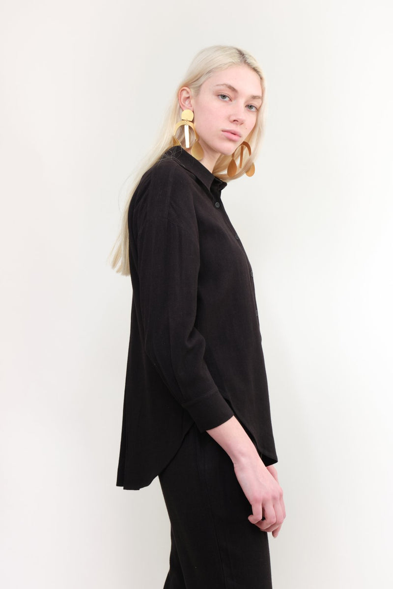 7115 by Szeki Signature Dolman Shirt In Black