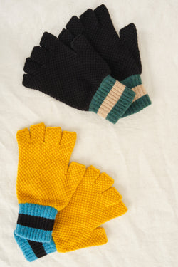Jo Gordon fingerless gloves in black