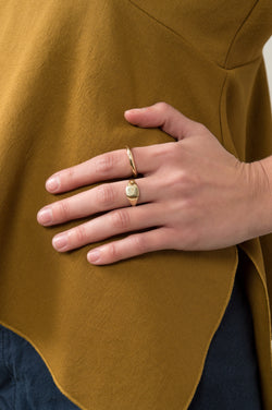 Women's Simple Gold Ring