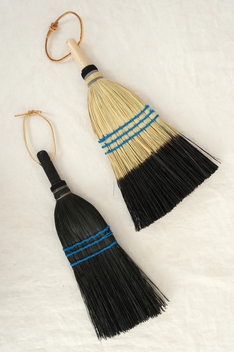 Lostine natural hand broom