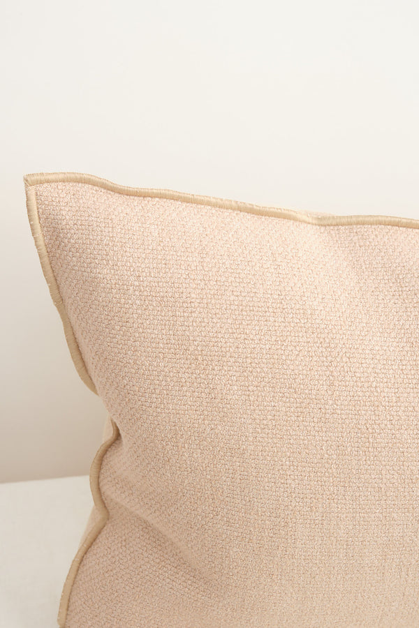 nude pillow Maison De Vacances