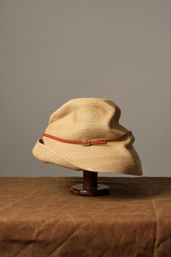 mature ha Boxed Hat with Leather Belt