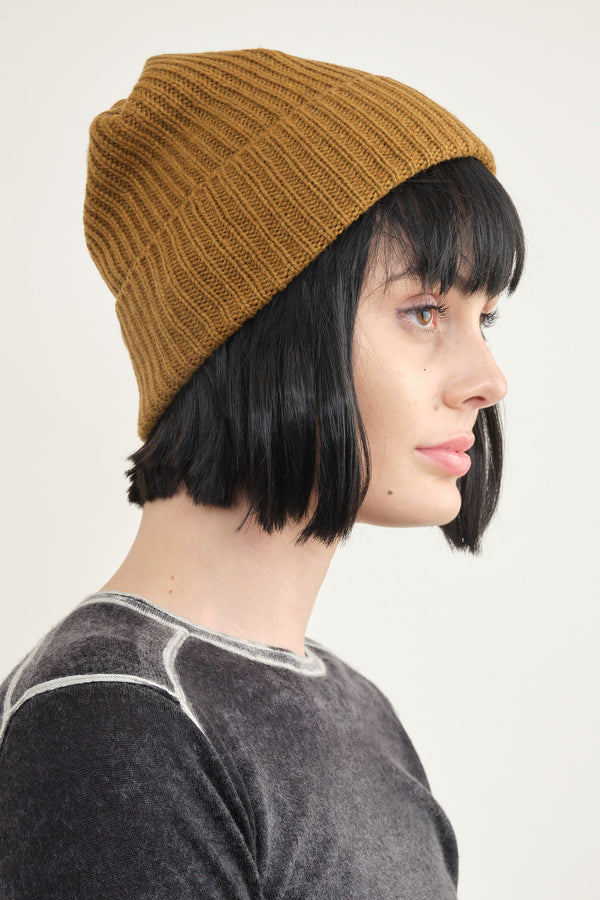 Mature Ha. Pleats knit cap