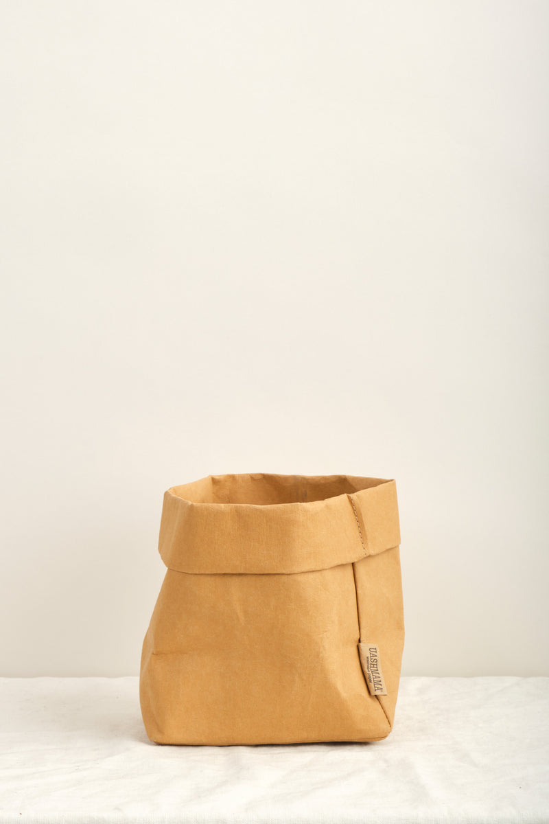 Uashmama Medium Paper Bag In Camel