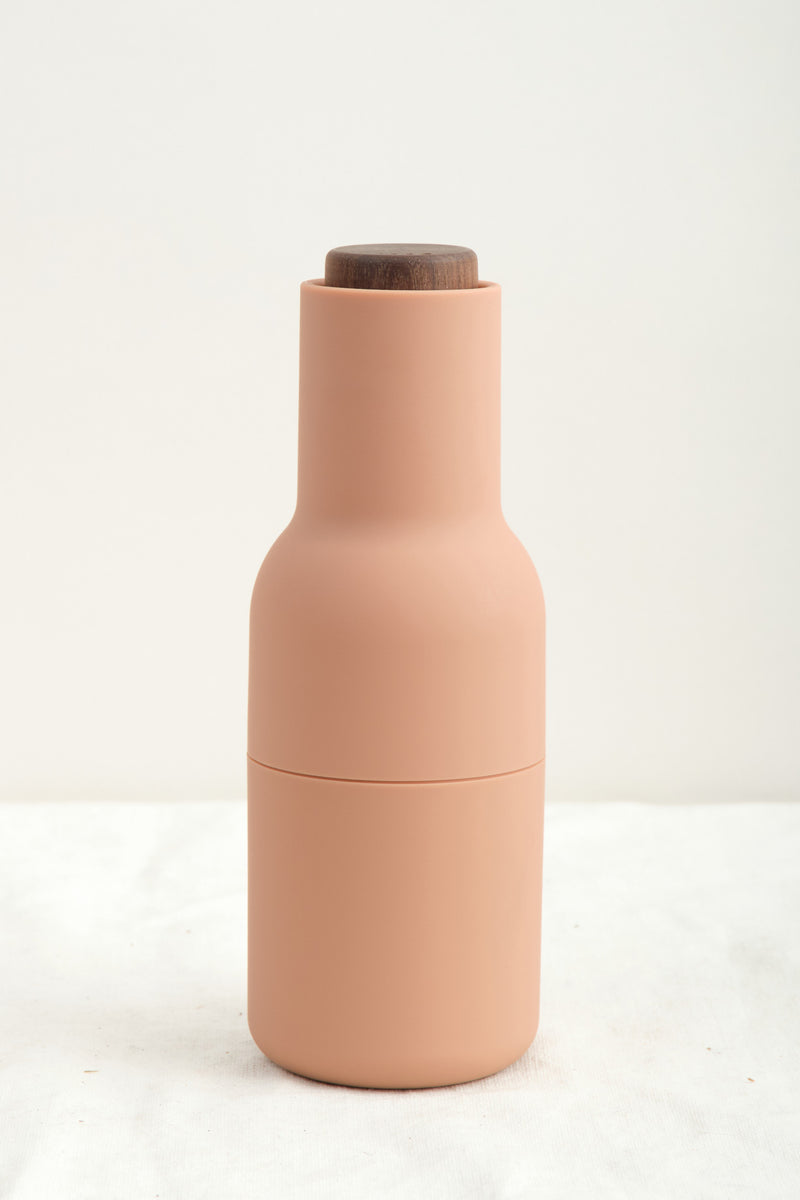 Menu Bottle Grinder Nude