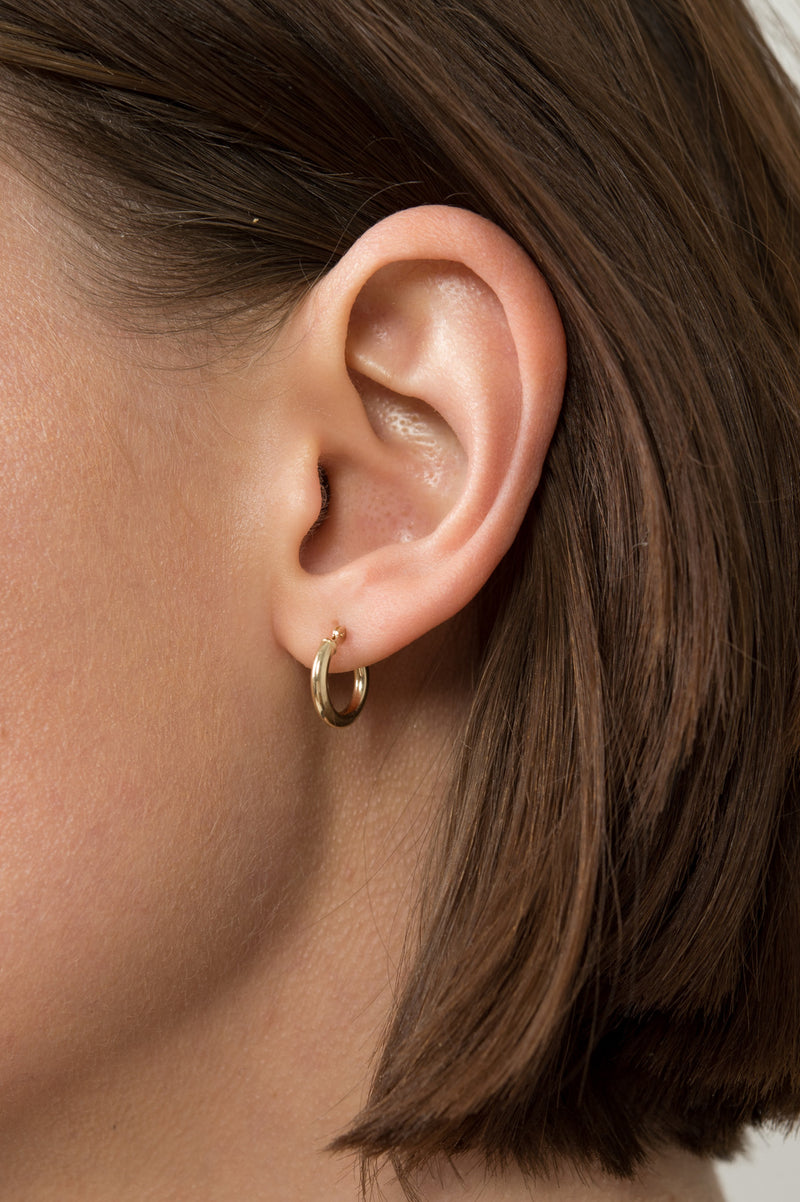Women's Small Gold Hoops