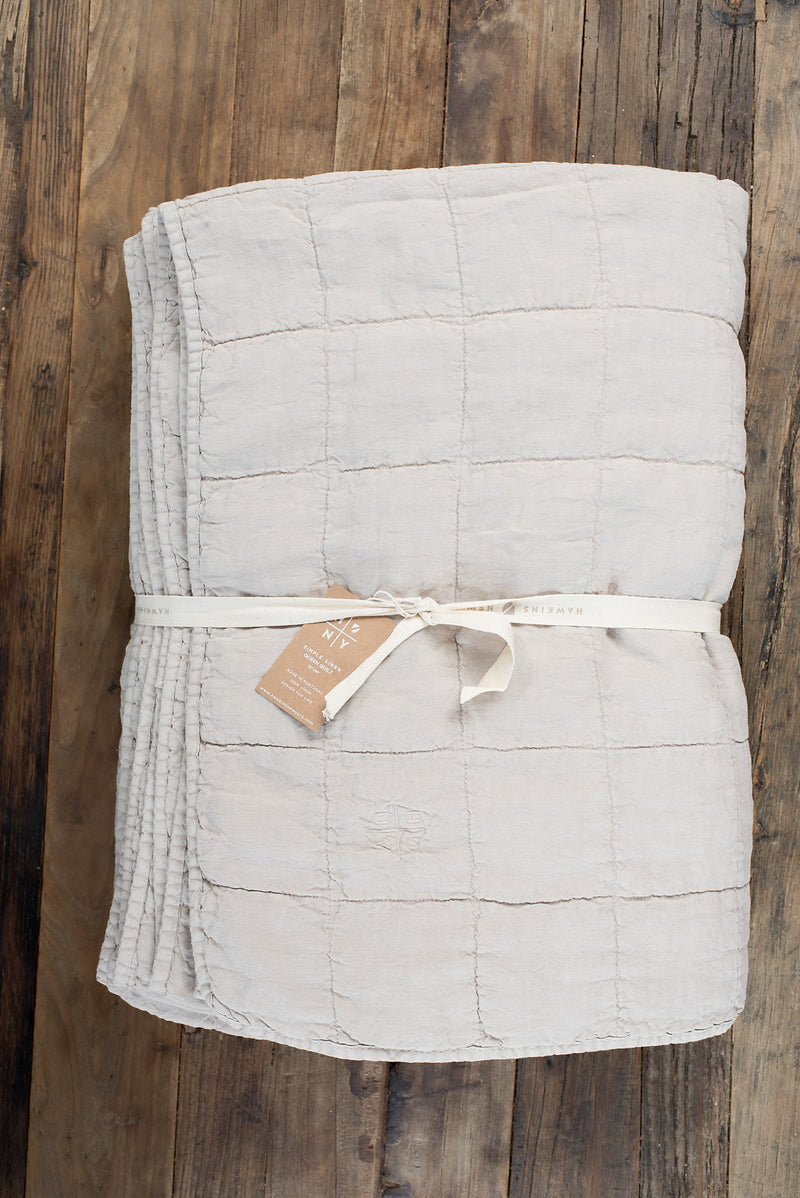 Hawkins New York Simple Linen Quilt In Light Grey