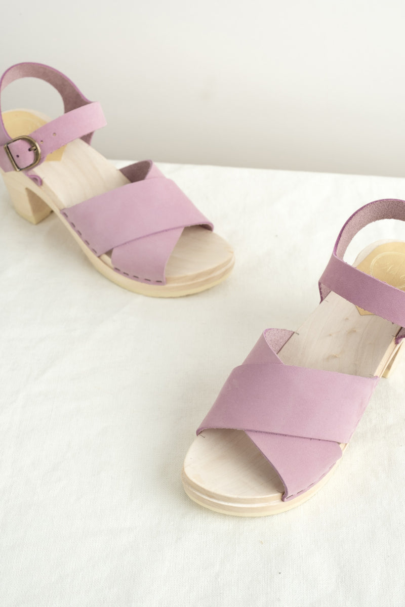 No. 6 Summer Clogs