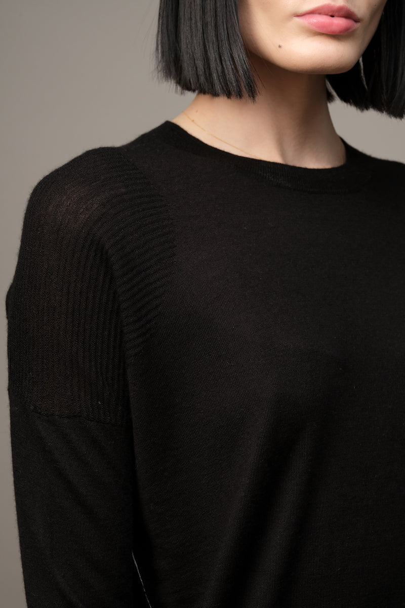 Crew Neck Long Sleeve Tee