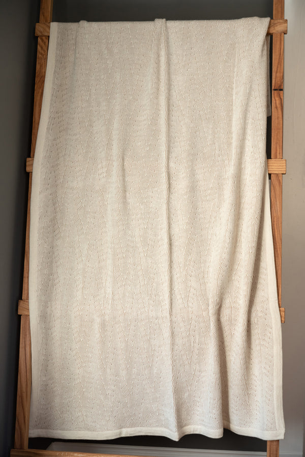 Sefte Kimsa Throw Cream/Sand