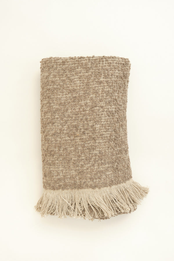 Uniq'uity bubley throw blanket in mink