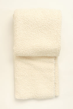 Uniq'uity kurlisuri throw in creme