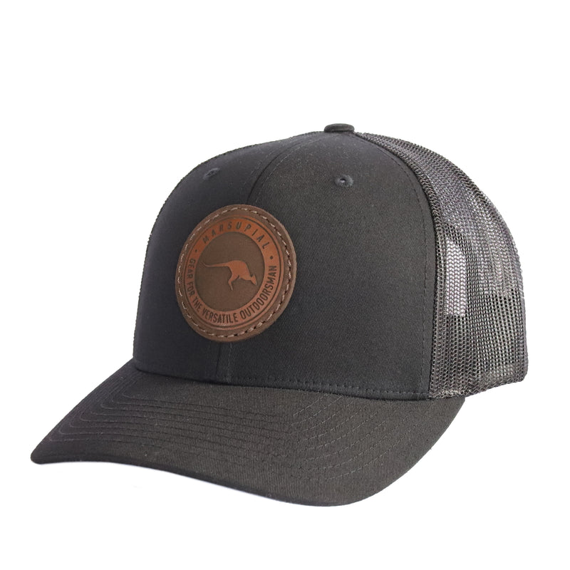 BADGE LEATHER PATCH HAT