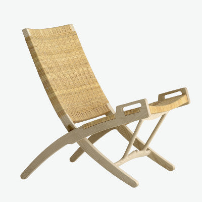 pp512 The Folding Chair